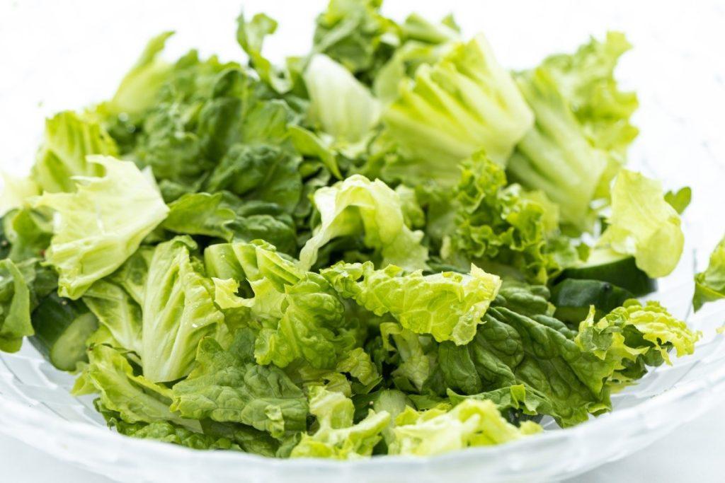 ブロッコリーのサラダ  自動的に生成された説明
